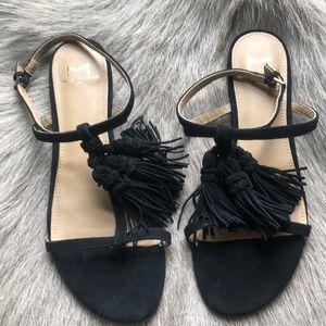 New Marc Fisher Flat Tassel Sandals 6.5
